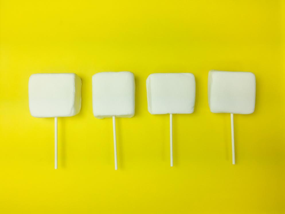 4 marshmallow pops
