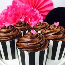 Laura Ann Celebrates - cupcakes